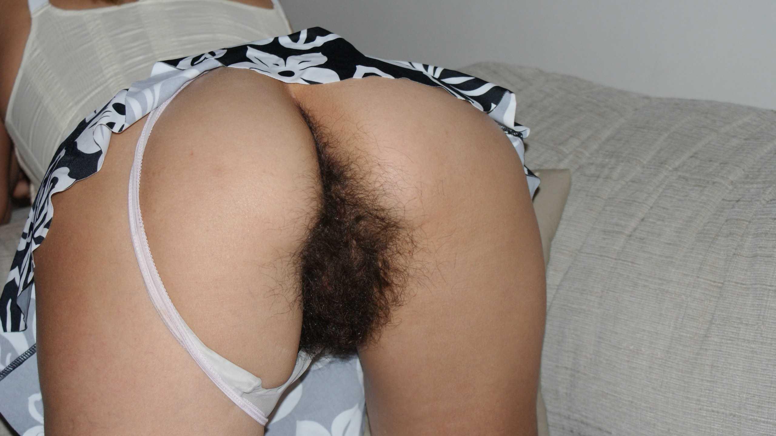 この剛毛おまんこ使ってもいいと💛って言われちゃったら使う?