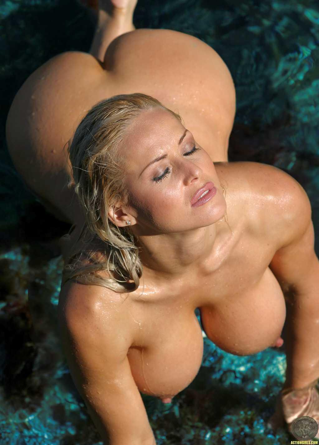 金髪, 巨乳 金髪で巨乳おっぱいしちゃってる女性は二次元でも三次元でもエロすぎる!